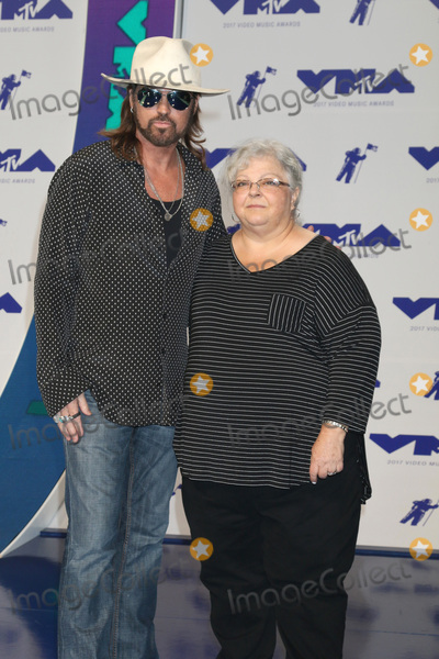 Billy Ray Cyrus Photo - LOS ANGELES - AUG 27  Billy Ray Cyrus Susan Bro at the MTV Video Music Awards 2017 at The Forum on August 27 2017 in Inglewood CA