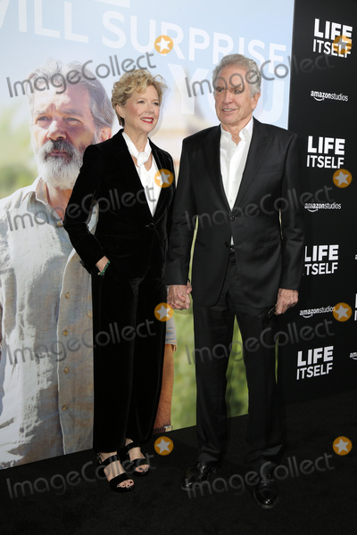 Annette Bening Photo - LOS ANGELES - SEP 13  Annette Bening Warren Beatty at the Life Itself LA Premiere at the ArcLight Theater on September 13 2018 in Los Angeles CA