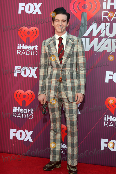 Drake Bell Photo - LOS ANGELES - MAR 14  Drake Bell at the iHeart Radio Music Awards - Arrivals at the Microsoft Theater on March 14 2019 in Los Angeles CA
