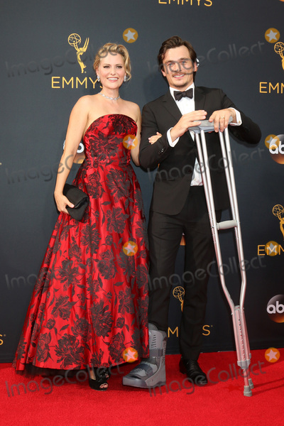 Aimee Mullins Photo - LOS ANGELES - SEP 18  Aimee Mullins Rupert Friend at the 2016 Primetime Emmy Awards - Arrivals at the Microsoft Theater on September 18 2016 in Los Angeles CA