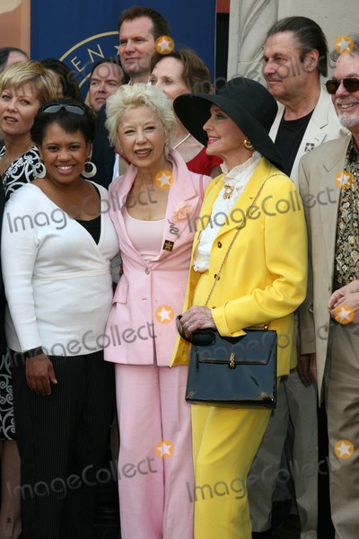 France Nuyen Photo - Chandra Wilson France Nuyen and Anne JeffreysScreen Actors Guild Award of Excellence Star on the Hollywood Walk of Fame7018 Hollywood BlvdLos Angeles  CAOctober 25 2007