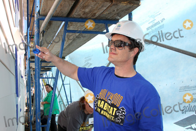 Rick Hearst Photo - LOS ANGELES - MAR 8  Rick Hearst at the 5th Annual General Hospital Habitat for Humanity Fan Build Day at Private Location on March 8 2014 in Lynwood CA