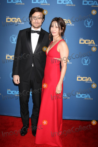 Amanda Anka Photo - LOS ANGELES - FEB 2  Jason Bateman Amanda Anka at the 2019 Directors Guild of America Awards at the Dolby Ballroom on February 2 2019 in Los Angeles CA
