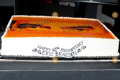 Cake Photo - LOS ANGELES - FEB 7  Cake at the Eric Braeden 40th Anniversary Celebration on The Young and The Restless at the Television City on February 7 2020 in Los Angeles CA