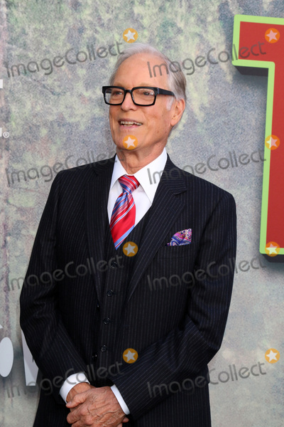 Richard Chamberlain Photo - LOS ANGELES - MAY 19  Richard Chamberlain at the Twin Peaks Premiere Screening at The Theater at Ace Hotel on May 19 2017 in Los Angeles CA