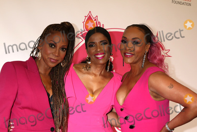 Vivica A Fox Photo - LOS ANGELES - MAY 19  Holly Robinson Peete Areva Martin  VIvica A Fox at the 11th Annual A Pink Pump Affair at the Beverly Hilton Hotel on May 19 2019 in Beverly Hills CA