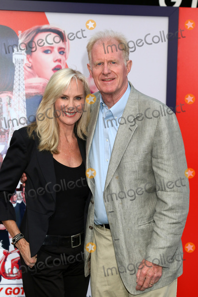 Ed Begley Jr Photo - LOS ANGELES - JUL 25  Rachelle Carson Ed Begley Jr at The Spy Who Dumped Me Premiere at the Village Theater on July 25 2018 in Westwood CA