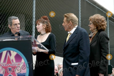 Amy Stiller Photo - Ben Stiller Amy Stiller Anne Meara and Jerry StillerJerry Stiller  Anne Meara received a star on the Hollywood Walk of FameLos Angeles CAFebruary 9 2007