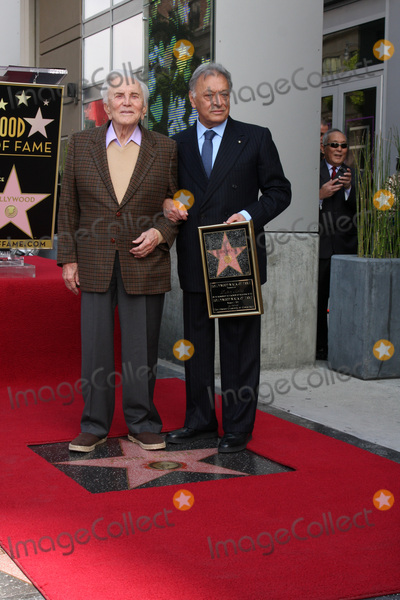 Zubin Mehta Photo - LOS ANGELES -  1  Kirk Douglas Maestro Zubin Mehta at the Hollywood Walk of Fame Star Ceremony honoring  Maestro Zubin Mehta  at Vine Street South of Hollywood Blvd on March 1 2011 in Los Angeles CA