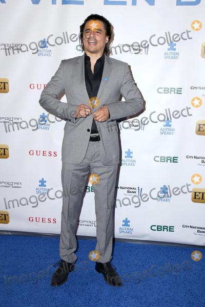 Antonio Jaramillo Photo - LOS ANGELES - SEP 29  Antonio Jaramillo at the Autism Speaks La Vie En BLUE Fashion Gala at the Warner Brothers Studio on September 29 2016 in Burbank CA
