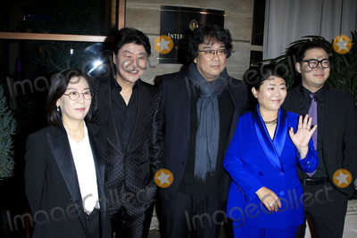 Sinful Photo - LOS ANGELES - JAN 11  Kwak Sin Ae Kang-Ho Song Lee Jung-eun Bong Joon-Ho Han Jin Won  at the 2020 Los Angeles Critics Association (LAFCA) Awards Ceremony - Arrivals at the InterContinental Hotel on January 11 2020 in Century City CA