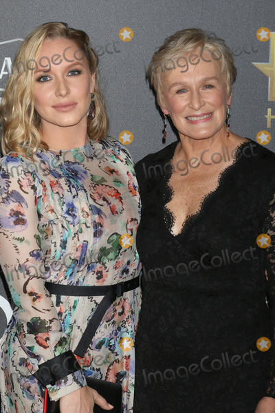 Annie Starke Photo - LOS ANGELES - NOV 4  Annie Starke Glenn Close at the Hollywood Film Awards 2018 at the Beverly Hilton Hotel on November 4 2018 in Beverly Hills CA
