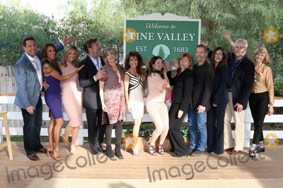 Michael E Knight Photo - LOS ANGELES - JAN 5  Mark Steines Eva LaRue Debbie Matenopoulos Peter Bergman Taylor Miller Susan Lucci Eden Riegel Kathleen Noone Laurence Lau Kim Delaney Michael E Knight Jill Larson at the All My Children Reunion on Home and Family Show at Universal Studios on January 5 2017 in Los Angeles CA