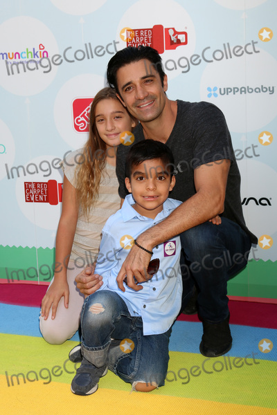 Gilles Marini Photo - LOS ANGELES - SEP 23  Juliana Marini nephew Gilles Marini at the 6th Annual Red CARpet Safety Awareness Event at the Sony Pictures Studio on September 23 2017 in Culver City CA