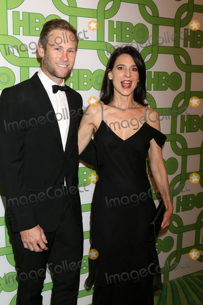 Aaron Fox Photo - LOS ANGELES - JAN 6  Aaron Fox Perrey Reeves at the 2019 HBO Post Golden Globe Party at the Beverly Hilton Hotel on January 6 2019 in Beverly Hills CA