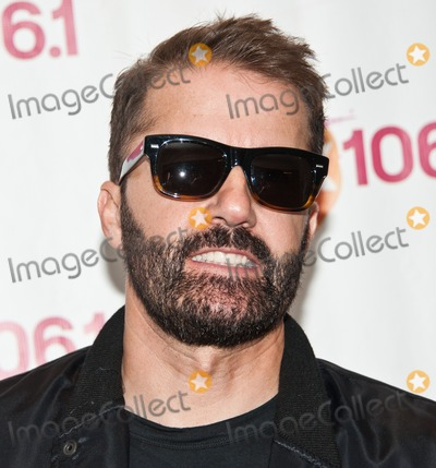 Jules De Martino Photo - BALA CYNWYD PA USA - APRIL 10 Jules De Martino of British Indie Rock Duo The Ting Tings Poses at Mix 106s Performance Theatre on April 10 2015 in Bala Cynwyd Pennsylvania United States (Photo by Paul J FroggattFamousPix)