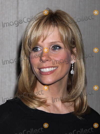 Adrienne Shelly Photo - New York NY 11-17-2008Cheryl HinesAdrienne Shelly Foundation Fundraising Galaat the NYUTisch Skirball Center for the ArtsDigital photo by Adam Scull-PHOTOlinknet