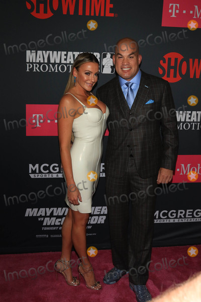 Amber Nicole Photo - Photo by gotpapstarmaxinccomSTAR MAX2017ALL RIGHTS RESERVEDTelephoneFax (212) 995-119682617Tito Ortiz and Amber Nicole Miller at The Mayweather Vs McGregor Fight held at The T-Mobiel Arena in Las Vegas Nevada