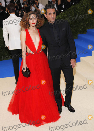 Bobby Cannavale Photo - Photo by XPXstarmaxinccomSTAR MAXCopyright 2017ALL RIGHTS RESERVEDTelephoneFax (212) 995-11965117Rose Byrne and Bobby Cannavale at the 2017 Costume Institute Gala - Rei KawakuboComme des Garcons Art Of The In-Between(Metropolitan Museum of Art NYC)