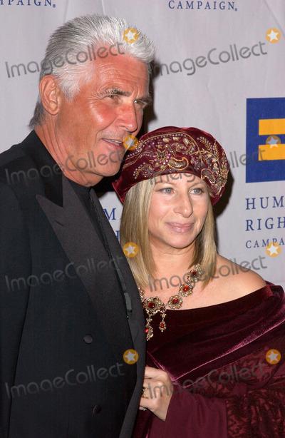 James Brolin Photo - Photo by Lee Rothstarmaxinccom200430604Barbara Streisand and husband James Brolin at The Human Rights Campaign Annual Gala(Century City CA)