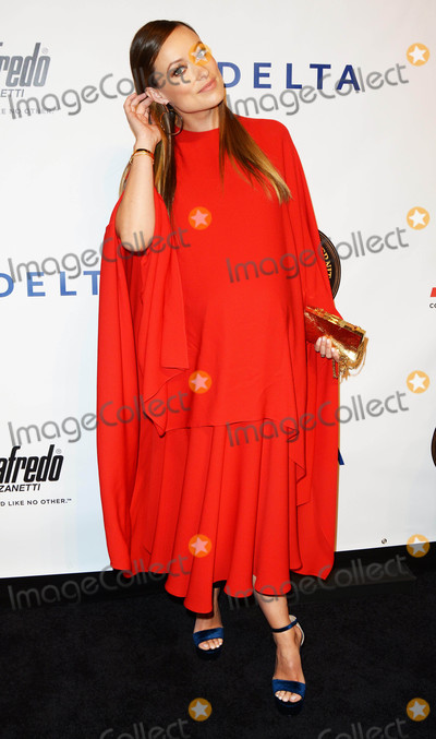 FRIARS CLUB Photo - Photo by Patricia SchleinstarmaxinccomSTAR MAX2016ALL RIGHTS RESERVEDTelephoneFax (212) 995-119692116Olivia Wilde at The Friars Club Entertainment Icon Award(NYC)