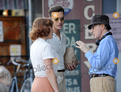 Kate Winslet Photo - Photo by GWRstarmaxinccomSTAR MAX2015ALL RIGHTS RESERVEDTelephoneFax (212) 995-1196101816Kate Winslet Justin Timberlake and Woody Allen on a movie set in New York City