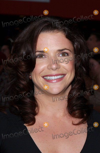 Erica Beeney Photo - Photo by Lee RothSTAR MAX Inc - copyright 200381103Erica Beeney at the world premiere of The Battle Of Shaker Heights(Hollywood CA)