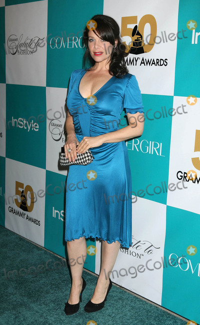Meredith Salenger Photo - Photo by REWestcomstarmaxinccom20082708Meredith Salenger at the Grammy salute to Fashion(CA)