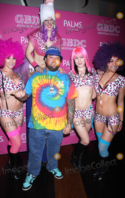 Austin Chumlee Russell Photo - Photo by Raoul GatchalianstarmaxinccomSTAR MAX2015ALL RIGHTS RESERVEDTelephoneFax (212) 995-119622815Austin Chumlee Russell hosts at Ghostbar Dayclub in the Palms Resort Hotel  Casino(Las Vegas Nevada)