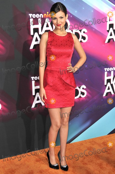 Galactic Photo - Photo by Galacticstarmaxinccom2012ALL RIGHTS RESERVEDTelephoneFax (212) 995-1196111712Victoria Justice at the TeenNick Halo Awards(Los Angeles CA)