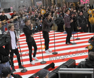 Liam Payne Photo - November 13 2012  One Direction at NBC Studios in New York City for an appearance on The Today Show Here Harry Styles Zayn Malik Niall Horan Louis Tomlinson and Liam PayneKGC-146starmaxinccom