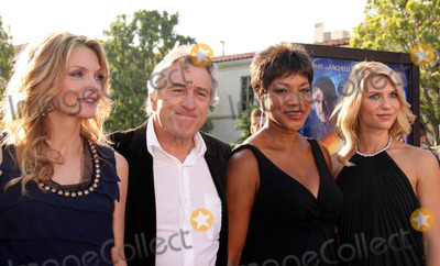 Grace Hightower Photo - Photo by REWestcomstarmaxinccom200772907Michelle Pfeiffer Robert DeNiro Grace Hightower and Claire Danes at the premiere of Stardust(Los Angeles CA)