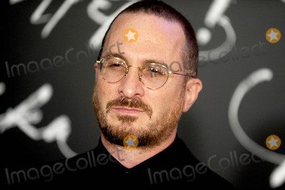 DARRENE ARONOFSKY Photo - Photo by Dennis Van TinestarmaxinccomSTAR MAX2017ALL RIGHTS RESERVEDTelephoneFax (212) 995-119691317Darren Aronofsky at the premiere of Mother in New York City
