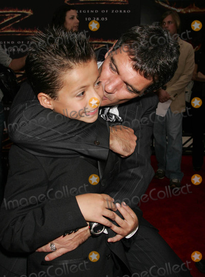 Adrian Alonso Photo - Photo by REWestcomstarmaxinccom2005101605Antonio Banderas and Adrian Alonso at the premiere of The Legend of Zorro(Los Angeles CA)