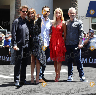 Alex Kurtzman Photo - Photo by gotpapstarmaxinccomSTAR MAX2017ALL RIGHTS RESERVEDTelephoneFax (212) 995-119652017Tom Cruise Sofia Butella Jake Johnson Annabelle Wallis and Alex Kurtzman at The Universal Celebration of The Mummy Day With a 75-Foot Sarcophagus Takeover At Hollywood And Highland in Hollywood CA