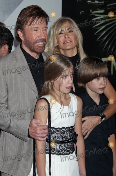 Chuck Norris Photo - Photo by REWestcomStarmaxinccom2012ALL RIGHTS RESERVEDTelephoneFax (212) 995-119681512Chuck Norris Lionsgate Films Premiere The Expendables 2 Graumans Chinese Theatre (Hollywood CA)