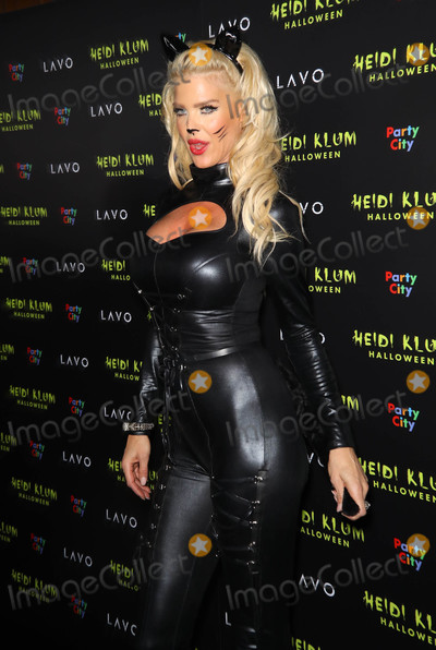 Victoria Silvstedt Photo - Photo by Juan Dela CruzstarmaxinccomSTAR MAX2018ALL RIGHTS RESERVEDTelephoneFax (212) 995-1196103118Victoria Silvstedt at Heidi Klums 19th Annual Halloween Party in New York City