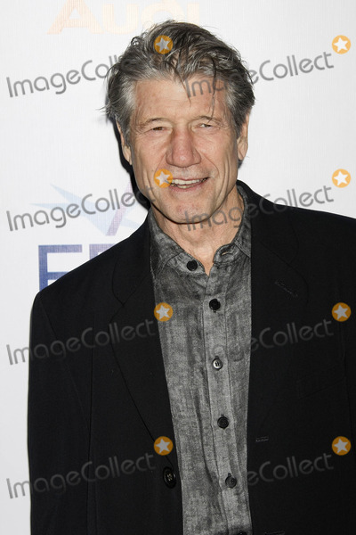 Fred Ward Photo - Photo by NPXstarmaxinccom200811908Fred Ward at the premiere of Defiance(Los Angeles CA)Not for syndication in France
