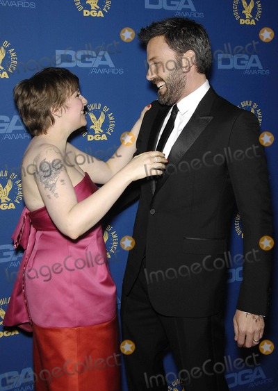 Lena Dunham Photo - Photo by Michael Germanastarmaxinccom2013ALL RIGHTS RESERVEDTelephoneFax (212) 995-11962213Lena Dunham and Ben Affleck at the 65th Annual Directors Guild of America Awards(Hollywood CA)
