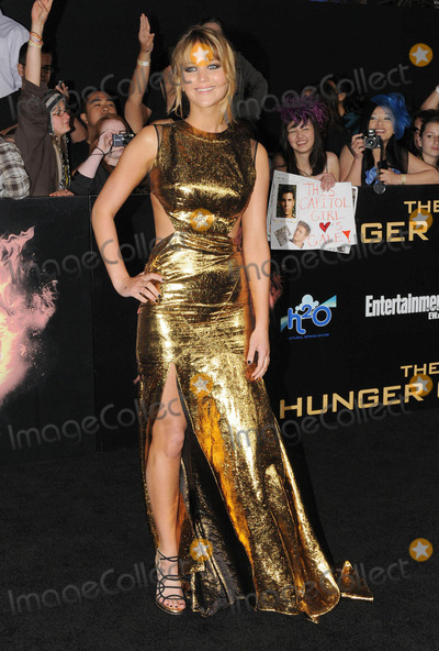Jennifer Lawrence Photo - Jennifer Lawrence at the premiere of The Hunger Games (Los Angeles CA) 31212