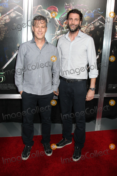 Andrew Form Photo - Photo by HQBstarmaxinccom2014ALL RIGHTS RESERVEDTelephoneFax (212) 995-11968614Brad Fuller (Producer) and Andrew Form (Producer) at the premiere of Teenage Mutant Ninja Turtles(NYC)