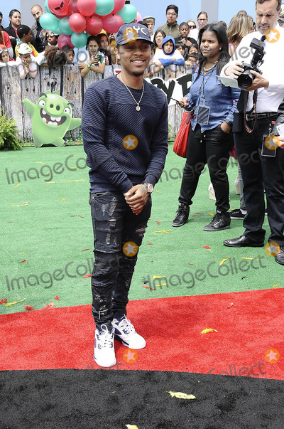 Bow Wow Photo - Photo by Michael GermanastarmaxinccomSTAR MAX2016ALL RIGHTS RESERVEDTelephoneFax (212) 995-11965716Bow Wow at the premiere of Angry Birds(Los Angeles CA)