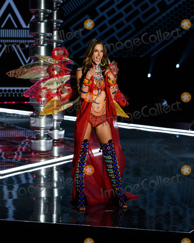 Alessandra Ambrosio Photo - Photo by ESBPstarmaxinccomSTAR MAXCopyright 2017ALL RIGHTS RESERVEDTelephoneFax (212) 995-1196112017Alessandra Ambrosio at the 2017 Victorias Secret Fashion Show in Shanghai China