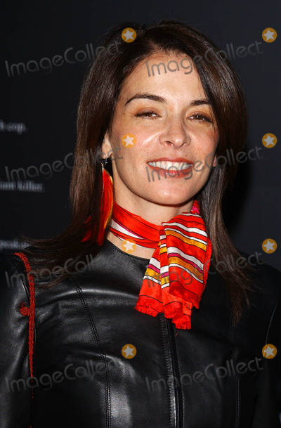 ANABELLA SCIORRA Photo - Photo by Peter KramerSTAR MAX Inc - copyright 200251102Anabella Sciorra at the Tribeca Film Festival premiere of Insomnia(NYC)