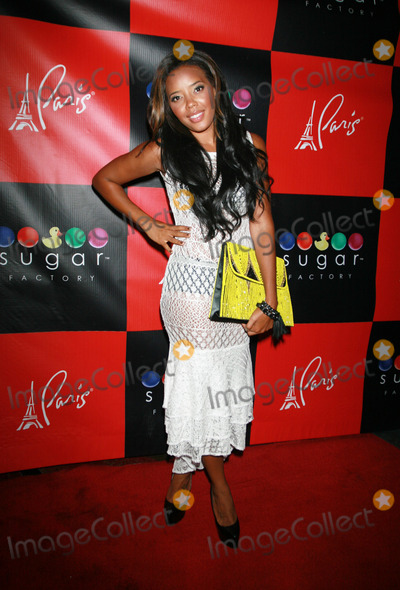 Angela Simmons Photo - Photo by Raoul Gatchalianstarmaxinccomcopyright2012ALL RIGHTS RESERVED080512Angela Simmons arrive at Sugar Factory (Las Vegas Nevada) August 5 2012