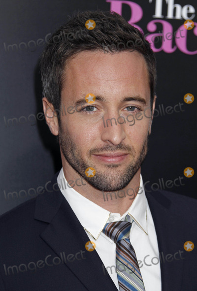 Alex OLoughlin Photo - Photo by REWestcomstarmaxinccom201042110Alex OLoughlin at the premiere of The Back-Up Plan(Westwood CA)