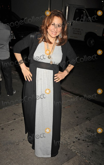 Kathy Najimy Photo - Photo by Demis Maryannakisstarmaxinccom2013ALL RIGHTS RESERVEDTelephoneFax (212) 995-119662813Kathy Najimy at the premiere of Petunia(NYC)