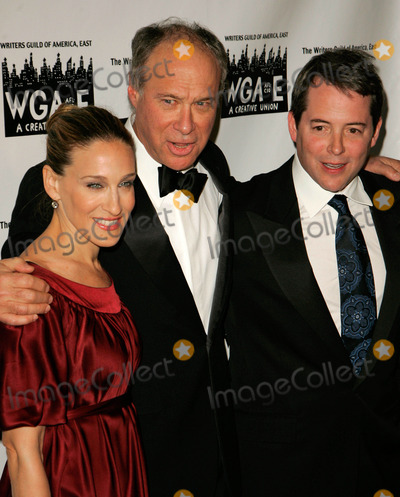 Andrew Bergman Photo - Photo by Jackson Leestarmaxinccom200721107Andrew Bergman with Sarah Jessica Parker and Matthew Broderick at the 59th Annual Writers Guild of America Awards(NYC)