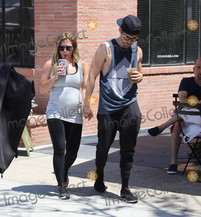 Hilary Duff Photo - Photo by gotpapstarmaxinccomSTAR MAX2018ALL RIGHTS RESERVEDTelephoneFax (212) 995-119671518Hilary Duff and Matthew Koma are seen at a Farmers Market in Studio City CA
