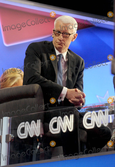 Anderson Cooper Photo - Photo by Dennis Van TinestarmaxinccomSTAR MAX2016ALL RIGHTS RESERVEDTelephoneFax (212) 995-119671916Anderson Cooper at day 2 of The 2016 Republican National Convention(Cleveland Ohio)